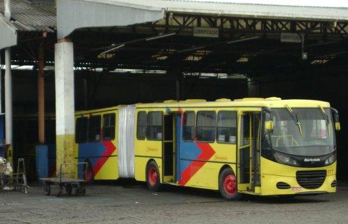 Ônibus biarticulado B5 577