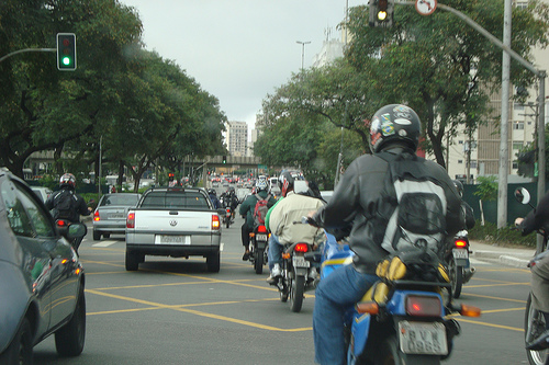 Motos no corredor