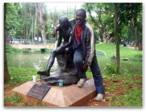 Vulgão adotou a estátua