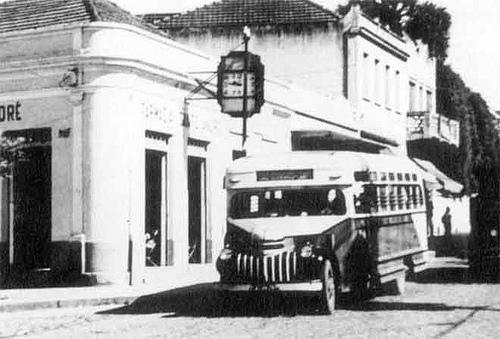 FOTO 6 - Ônibus da família Setti