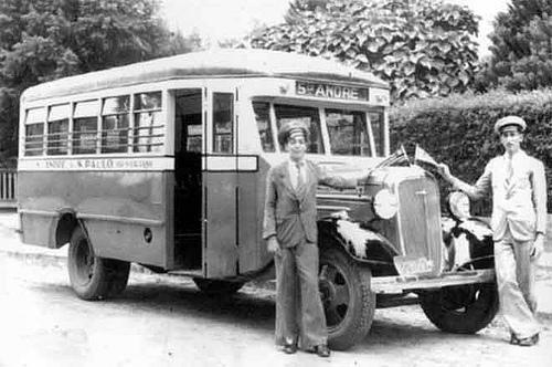FOTO 3 - Jardineira da Empresa de Auto ônibus Santo Andr