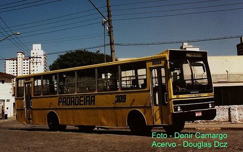 FOTO 8 - Viação Padroera do Brasil com ônibus dispensado pelo Rio de Janeiro