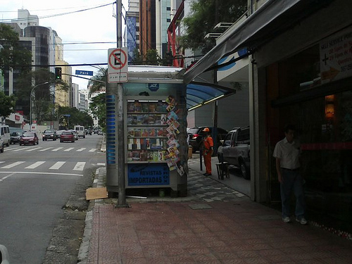 Calçada desbancada