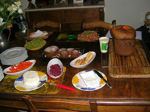 Móveis, mesa e refeição