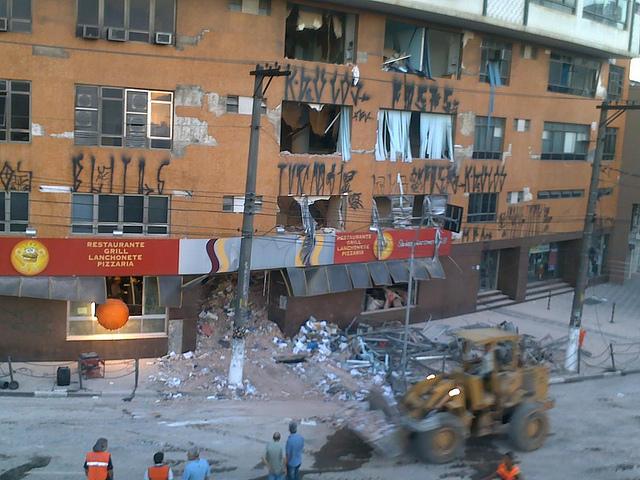 Prédio desaba em São Bernardo