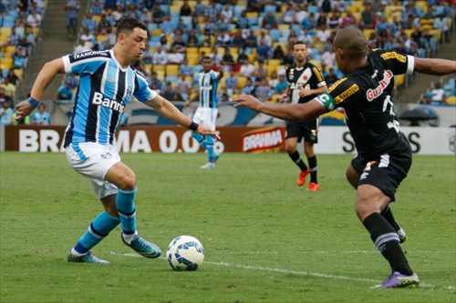 Giuliano é um dos talentos gremistas (foto site oficial do Grêmio)