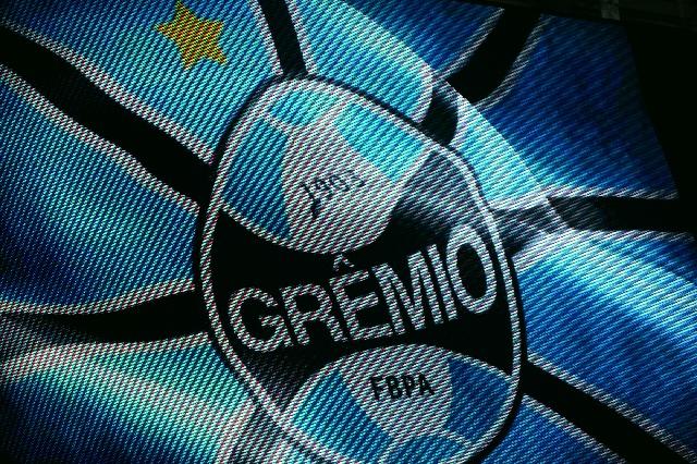 Grêmio_Bandeira_Fotor