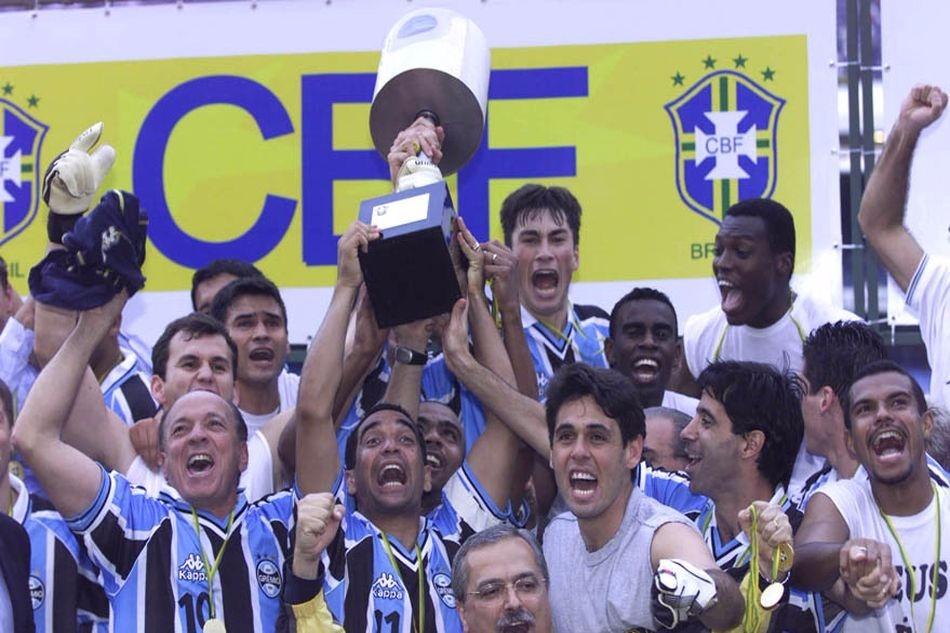 camisa-grmio-oficial-campeo-copa-brasil-2001-787311-mlb20532999247_122015-f
