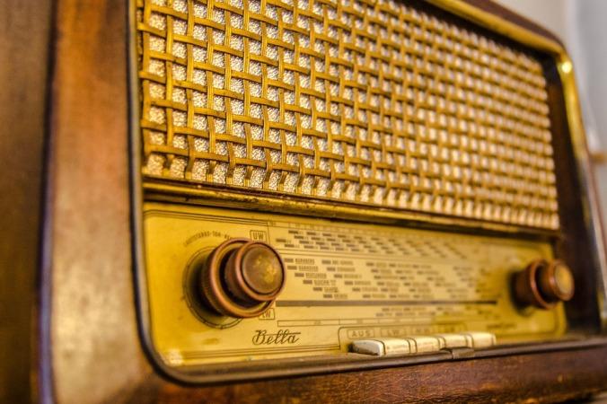 radio-2704963_960_720