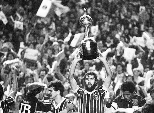 Grêmio-Hugo-de-León-1983