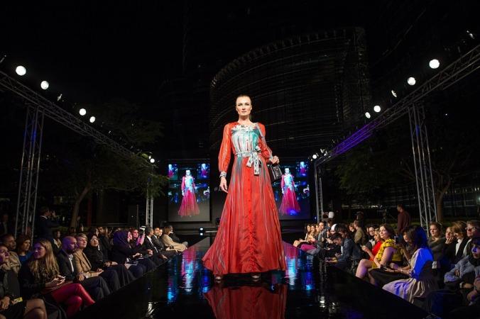 fashion-show-1746579_960_720